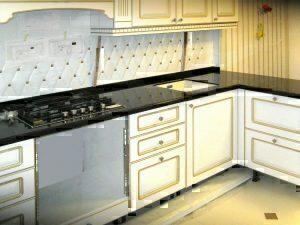 Особенности столешниц для кухни из искусственного камня в Москве